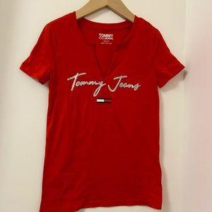 Tommy Hilfiger Women's Red T-shirt V neck s.sleeve